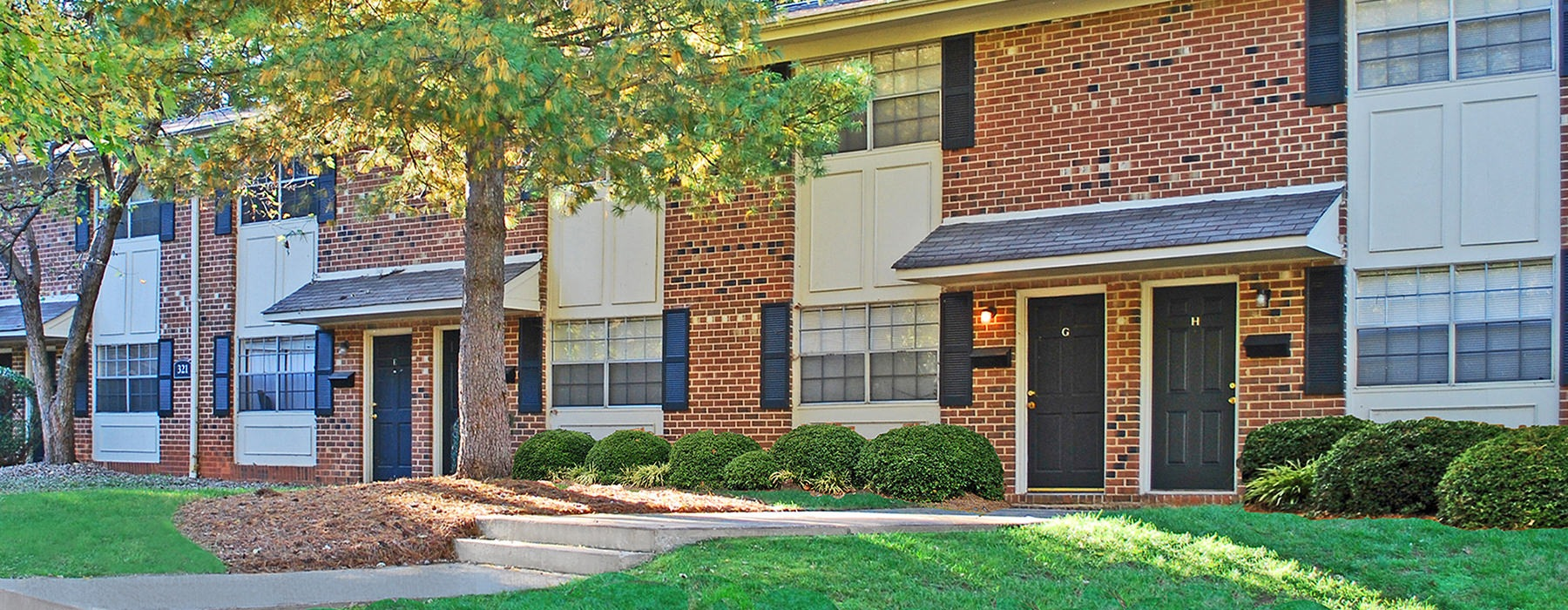 Knollwood Townhouse Apartments is a two-story apartment complex