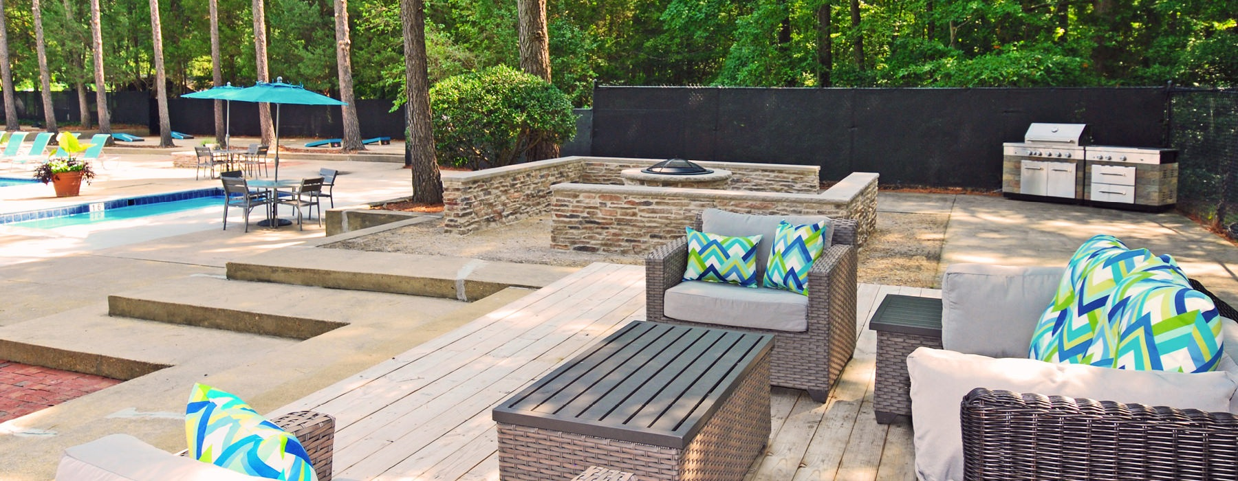 fire pit and sitting areas and tables to socialize